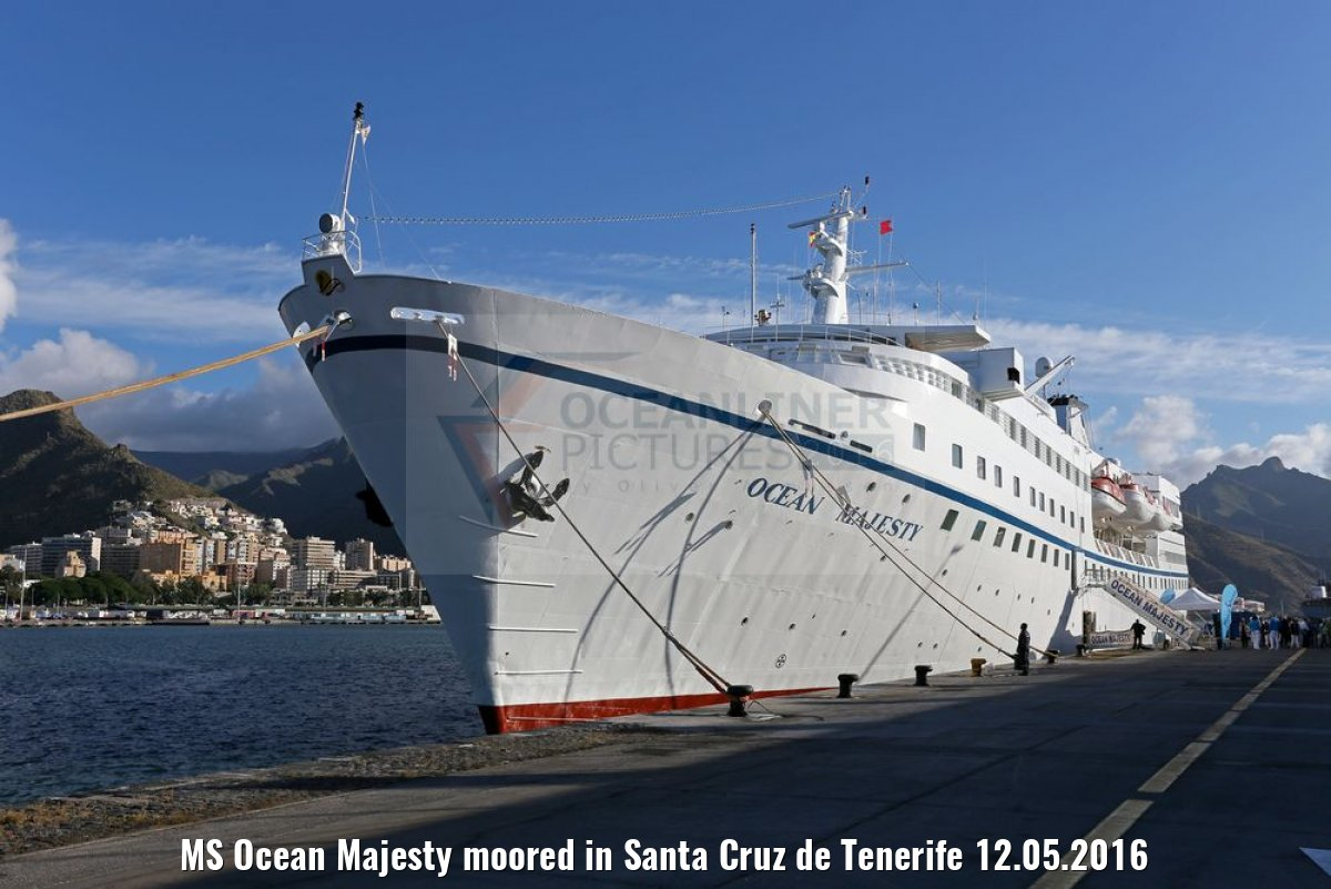 MS Ocean Majesty moored in Santa Cruz de Tenerife 12.05.2016