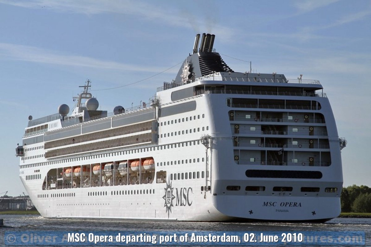 MSC Opera departing port of Amsterdam, 02. June 2010