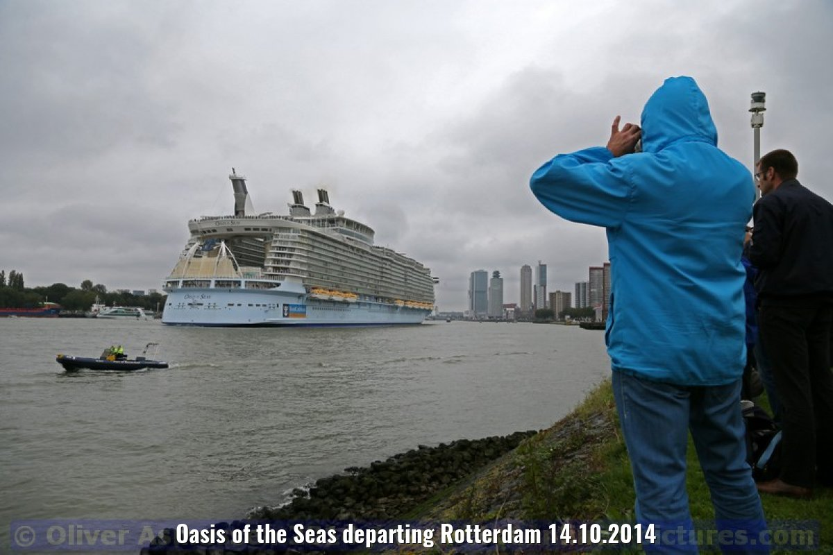 Oasis of the Seas departing Rotterdam 14.10.2014