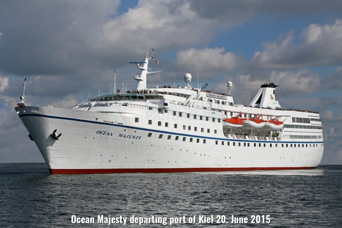 Ocean Majesty departing port of Kiel 20. June 2015