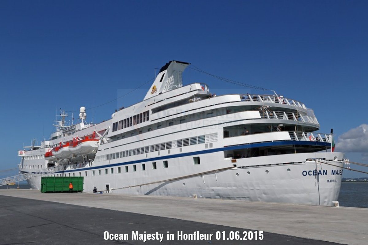 Ocean Majesty in Honfleur 01.06.2015