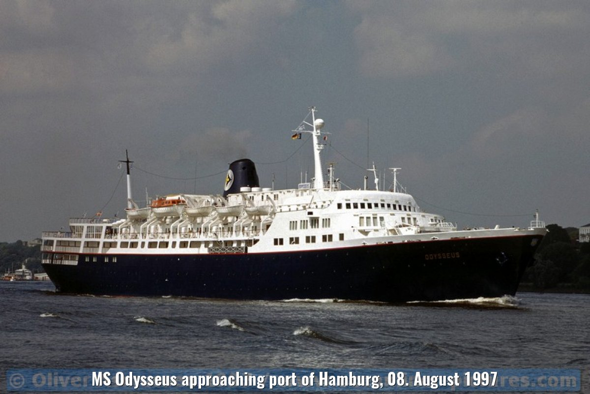 MS Odysseus approaching port of Hamburg, 08. August 1997