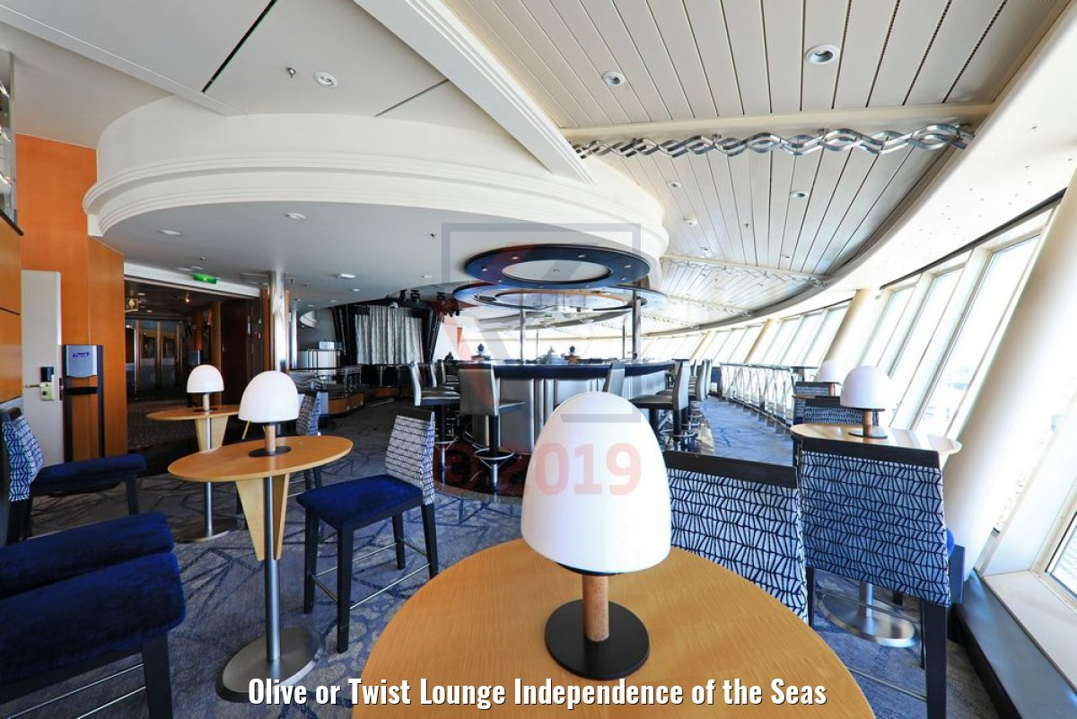 Olive or Twist Lounge Independence of the Seas