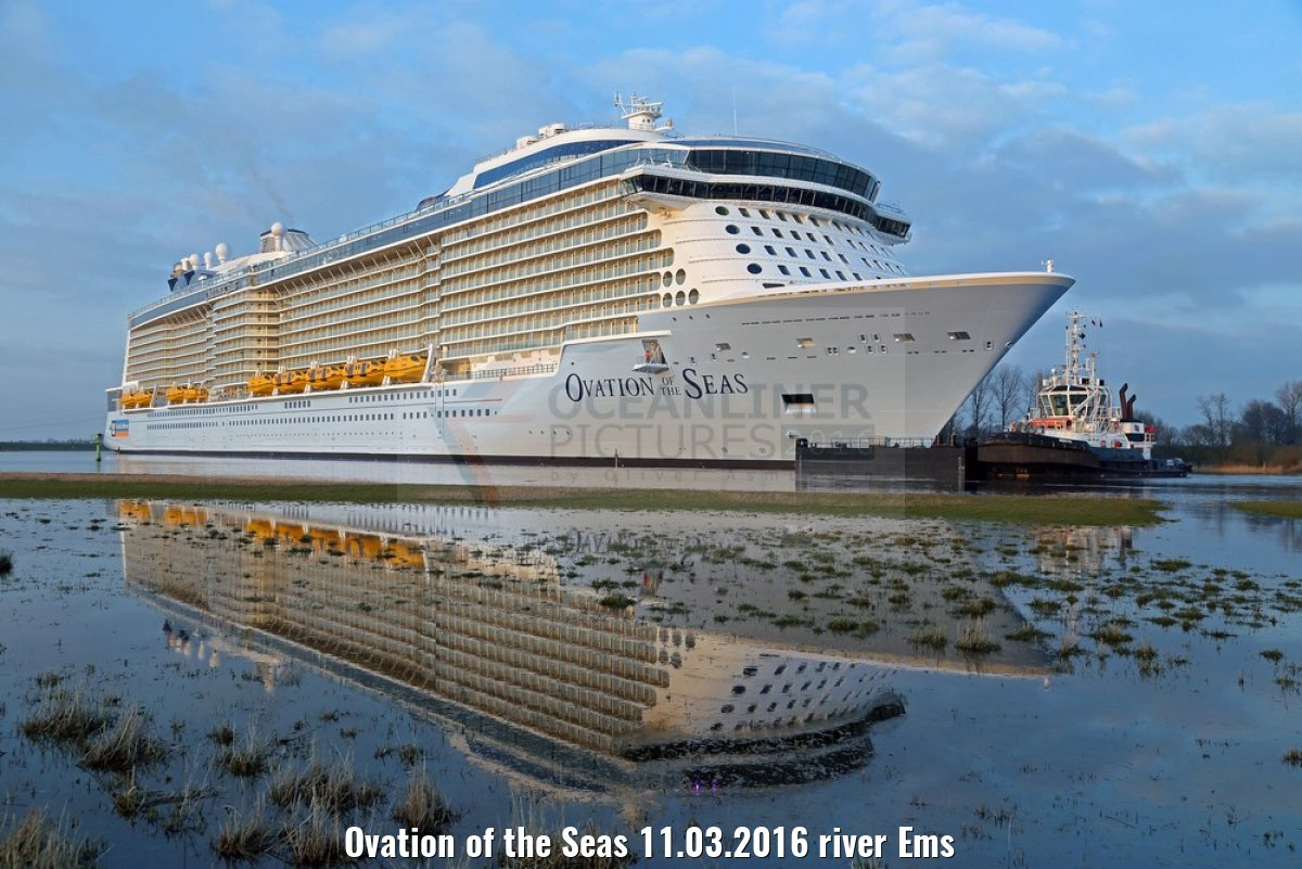 Ovation of the Seas 11.03.2016 river Ems