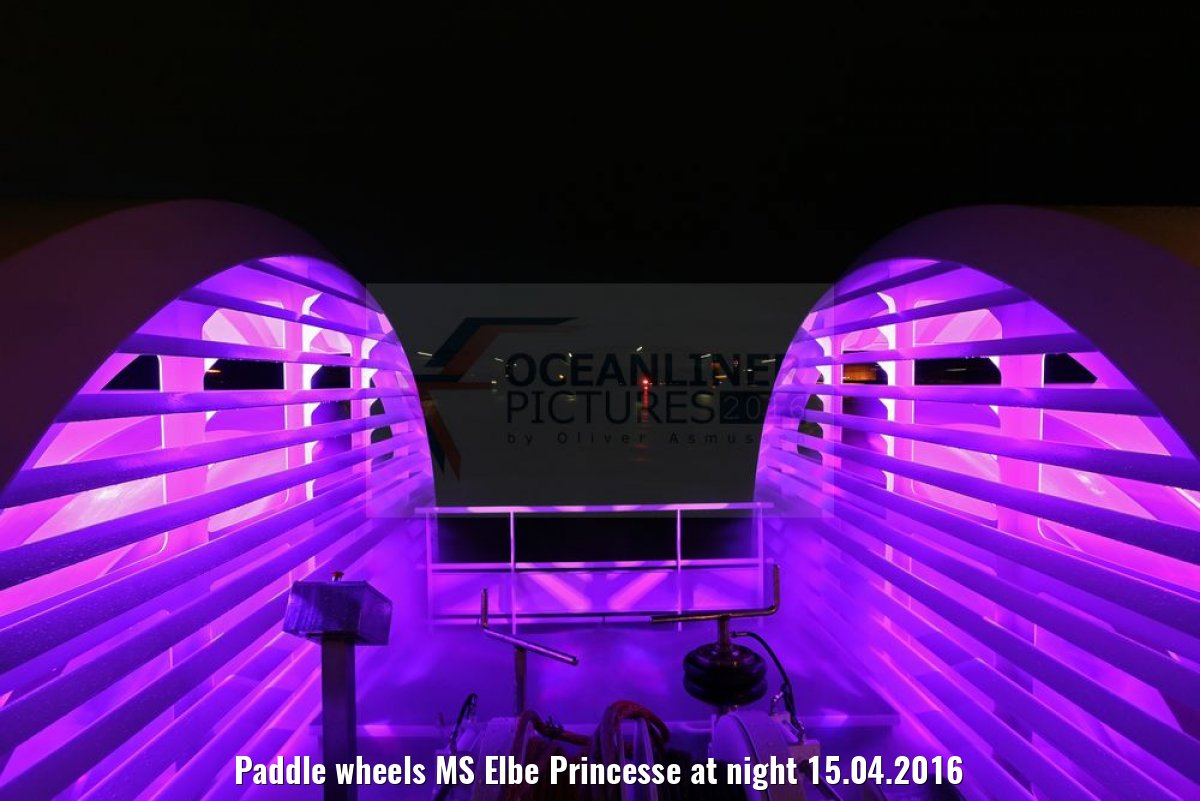 Paddle wheels MS Elbe Princesse at night 15.04.2016