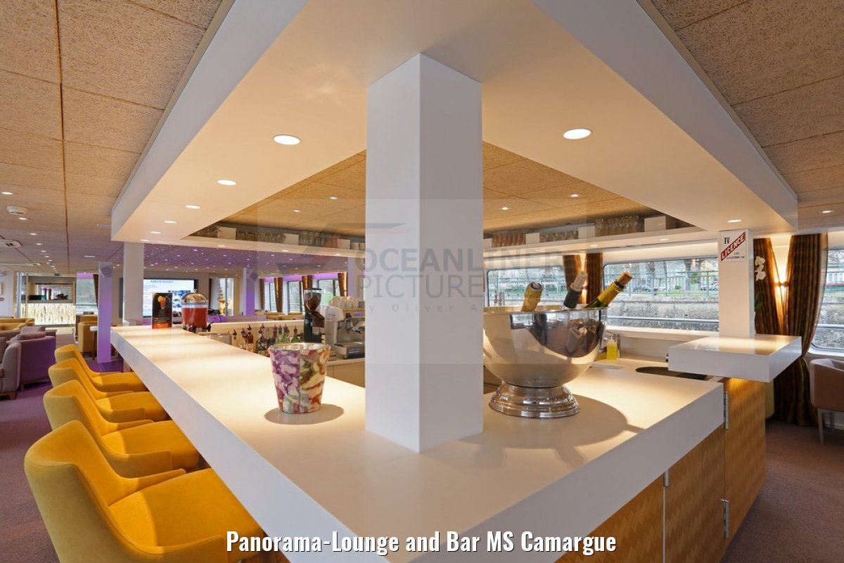 Panorama-Lounge and Bar MS Camargue