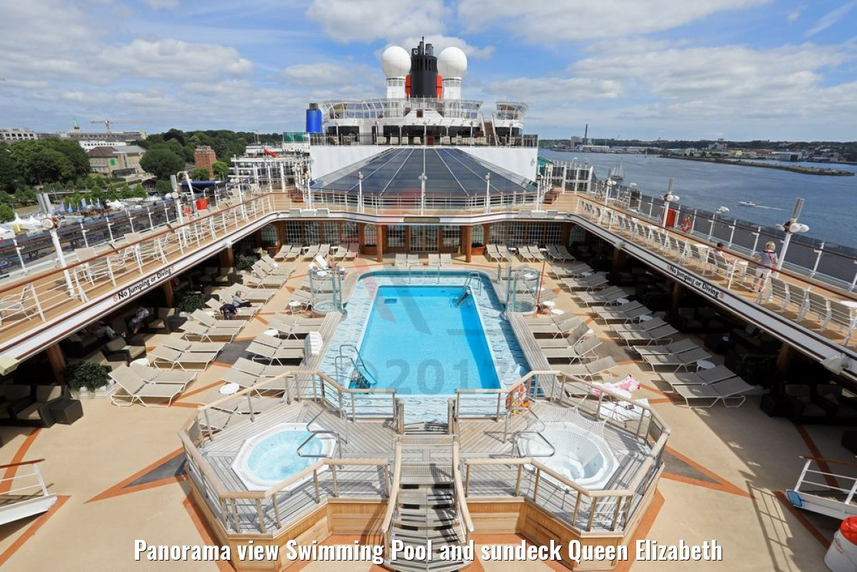 Panorama view Swimming Pool and sundeck Queen Elizabeth