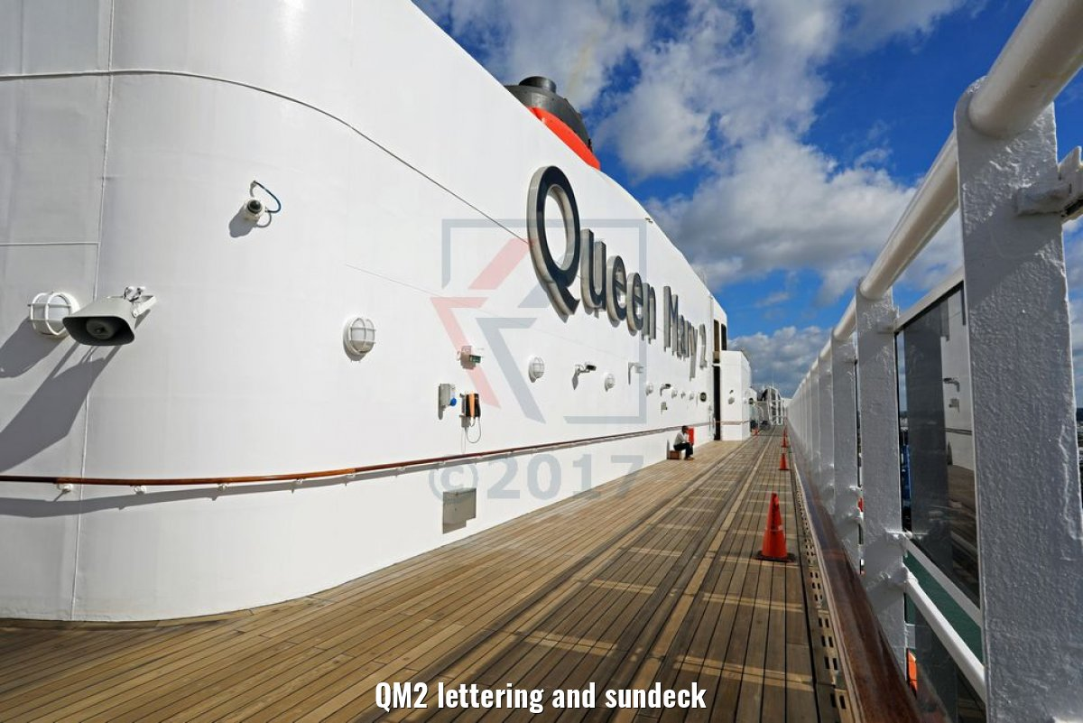 QM2 lettering and sundeck