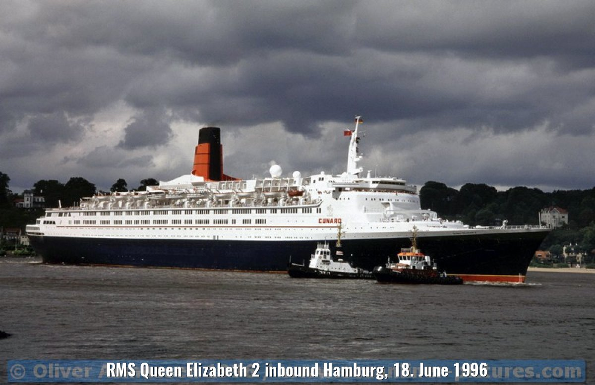 RMS Queen Elizabeth 2 inbound Hamburg, 18. June 1996
