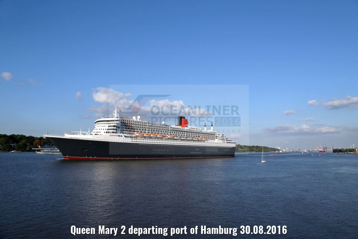 Queen Mary 2 departing port of Hamburg 30.08.2016