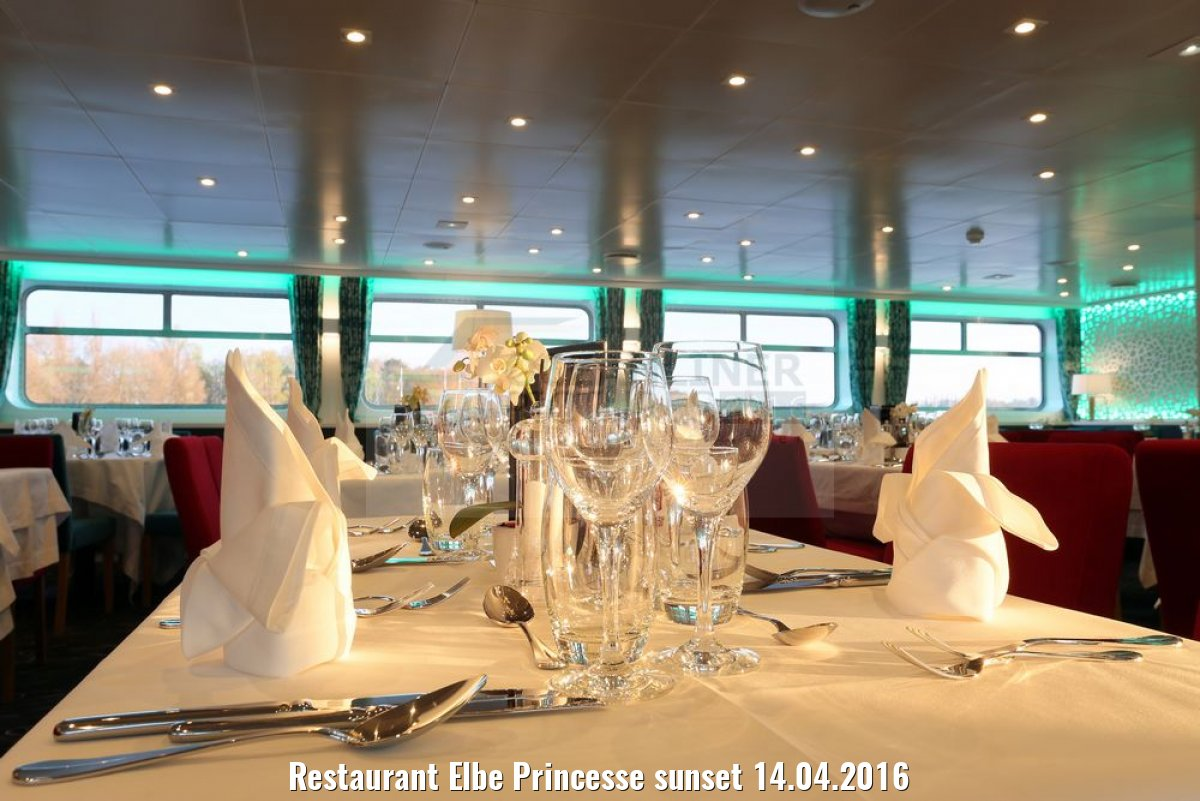 Restaurant Elbe Princesse sunset 14.04.2016