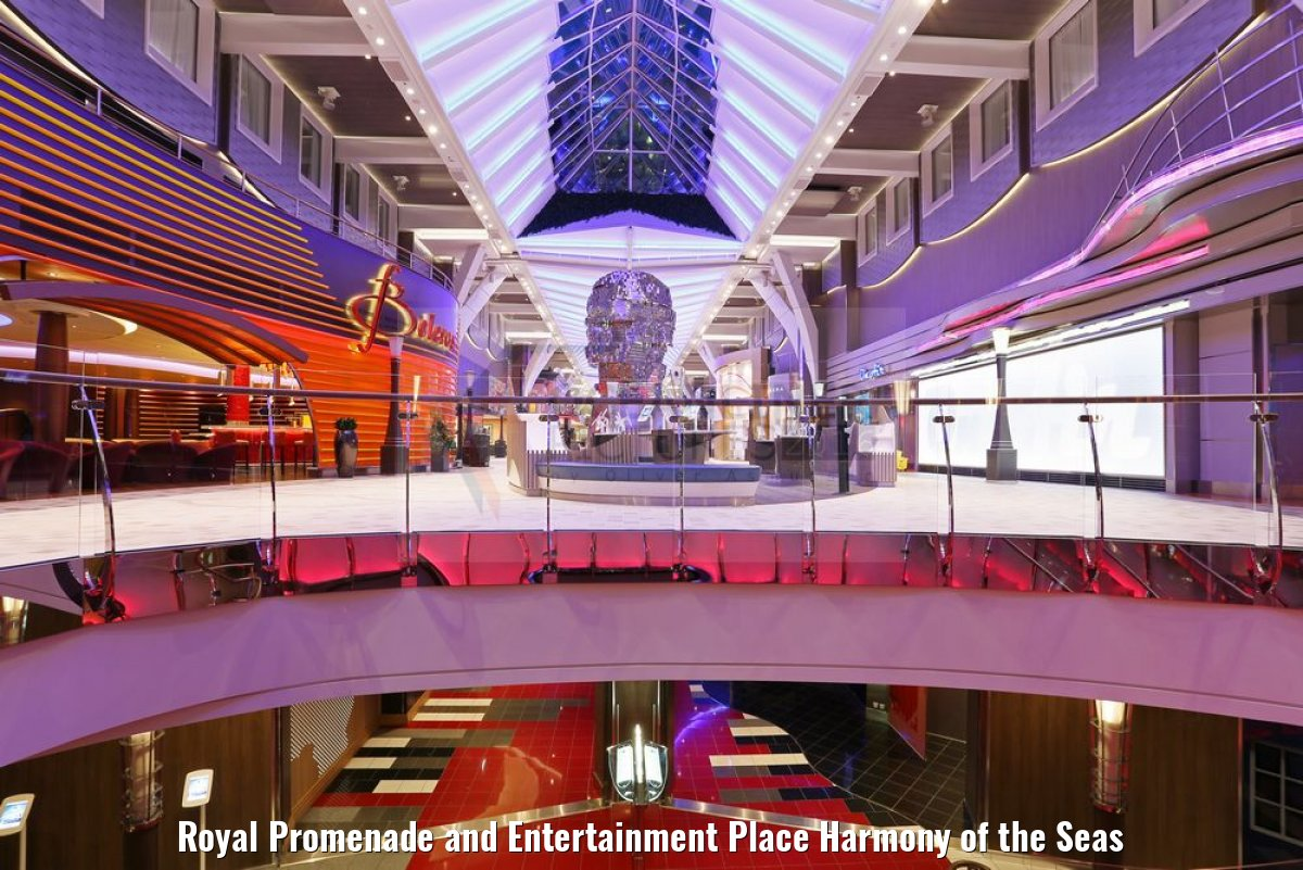 Royal Promenade and Entertainment Place Harmony of the Seas