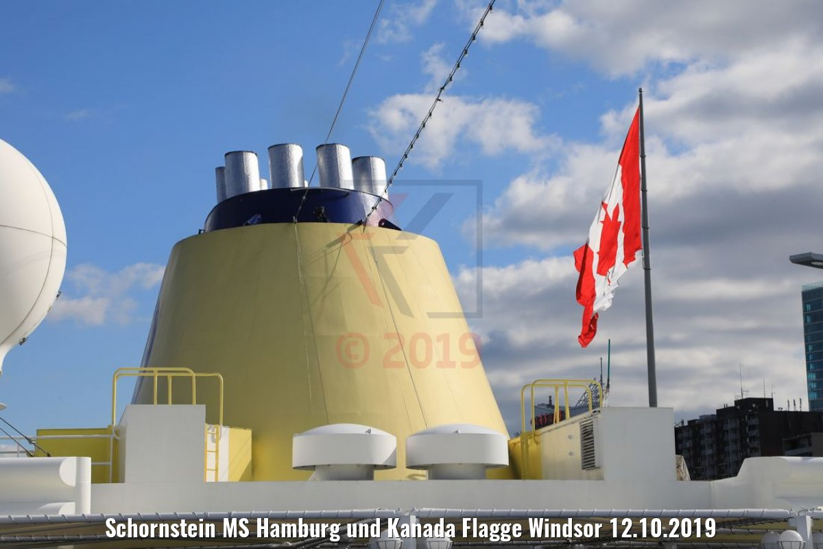 Schornstein MS Hamburg und Kanada Flagge Windsor 12.10.2019