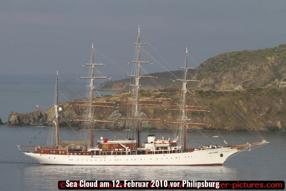 Sea Cloud am 12. Februar 2010 vor Philipsburg