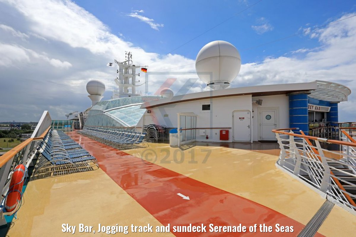 Sky Bar, Jogging track and sundeck Serenade of the Seas