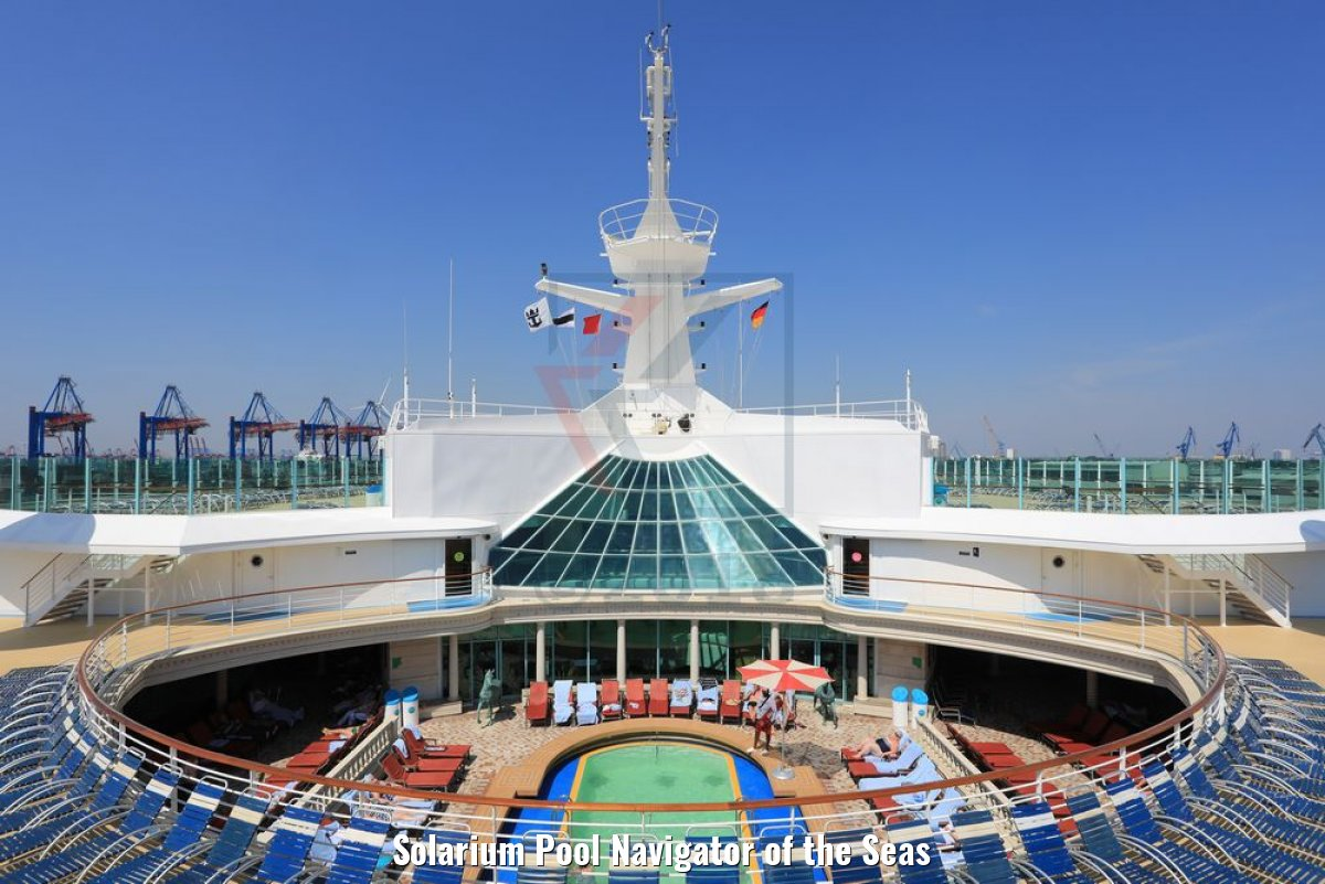 Solarium Pool Navigator of the Seas