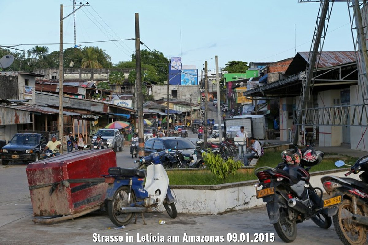 Strasse in Leticia am Amazonas 09.01.2015