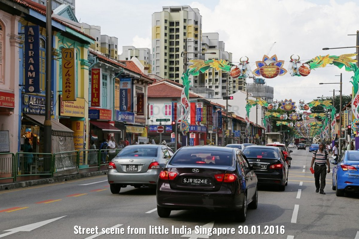 Street scene from little India Singapore 30.01.2016