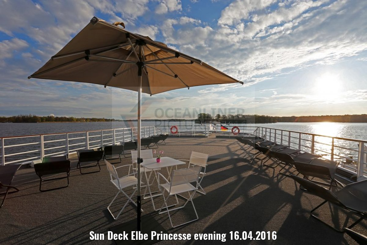 Sun Deck Elbe Princesse evening 16.04.2016