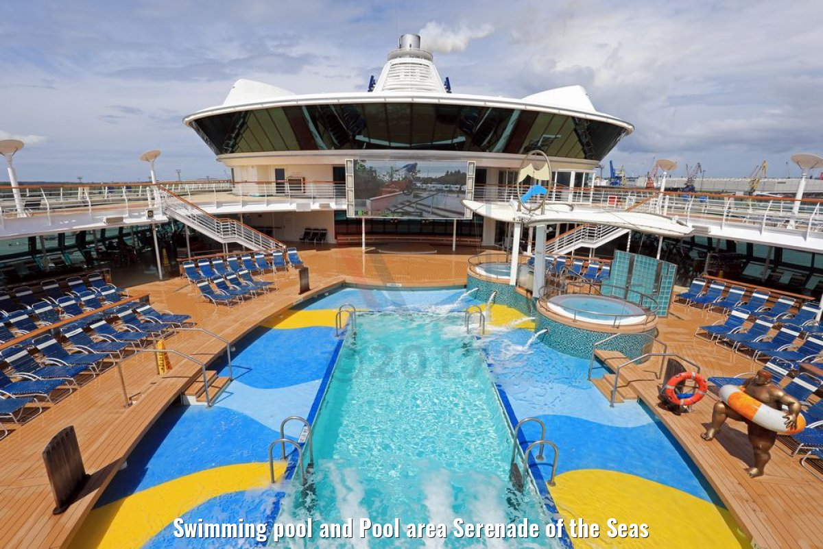 Swimming pool and Pool area Serenade of the Seas