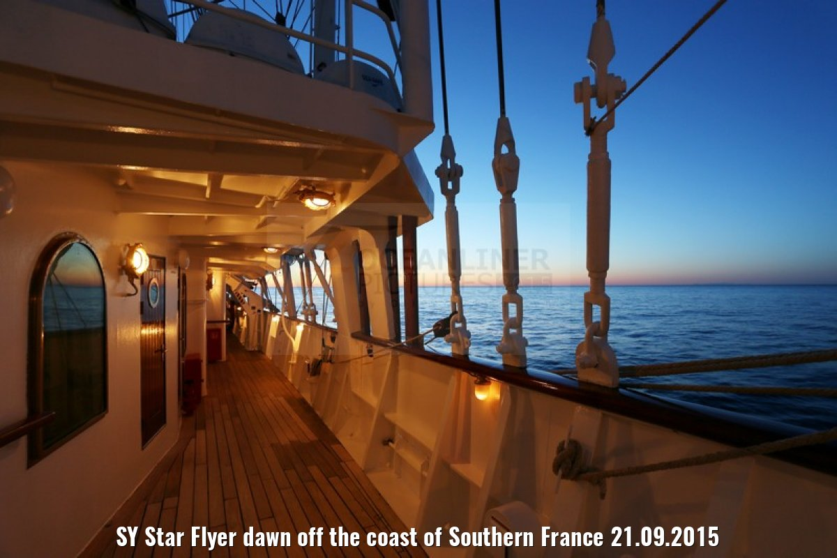 SY Star Flyer dawn off the coast of Southern France 21.09.2015