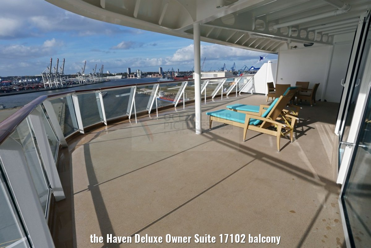 the Haven Deluxe Owner Suite 17102 balcony