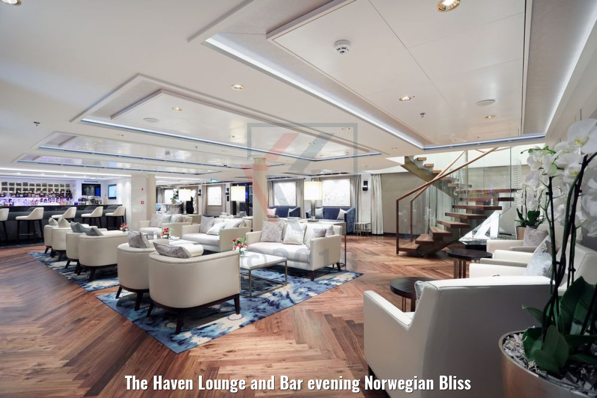 The Haven Lounge and Bar evening Norwegian Bliss