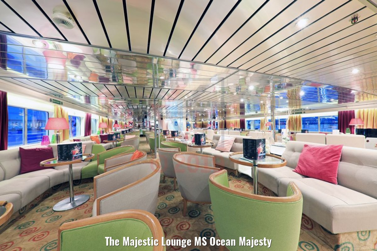 The Majestic Lounge MS Ocean Majesty