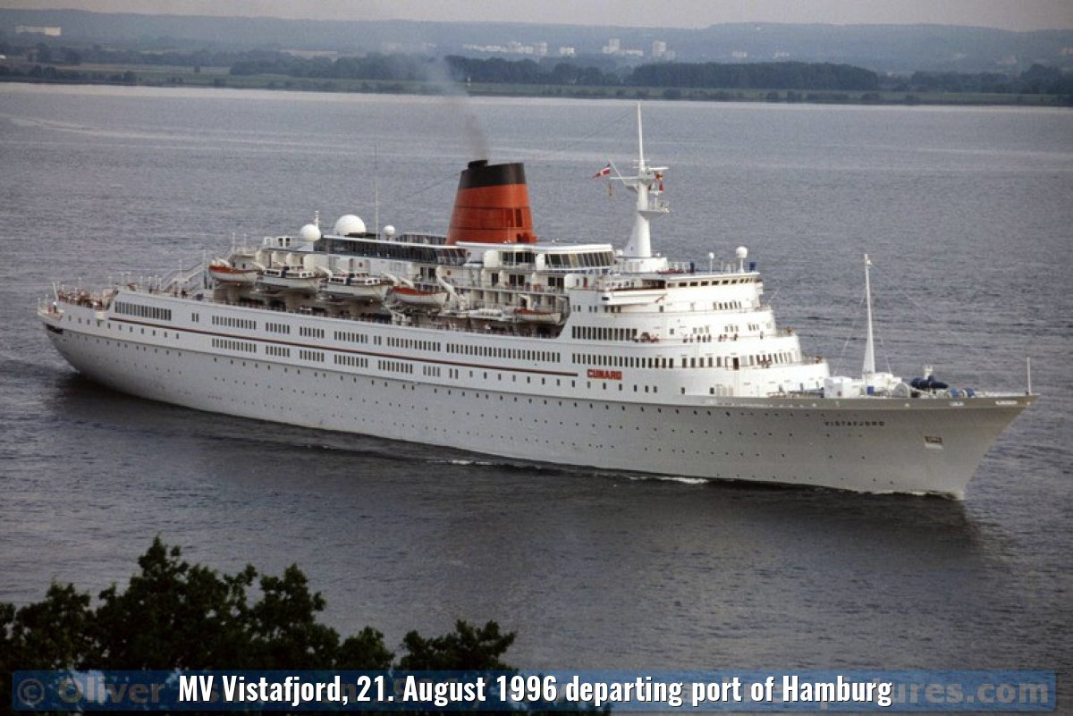 MV Vistafjord, 21. August 1996 departing port of Hamburg