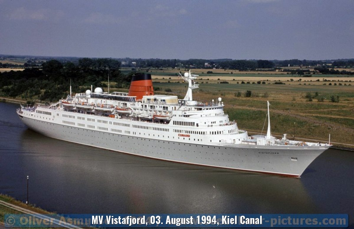MV Vistafjord, 03. August 1994, Kiel Canal