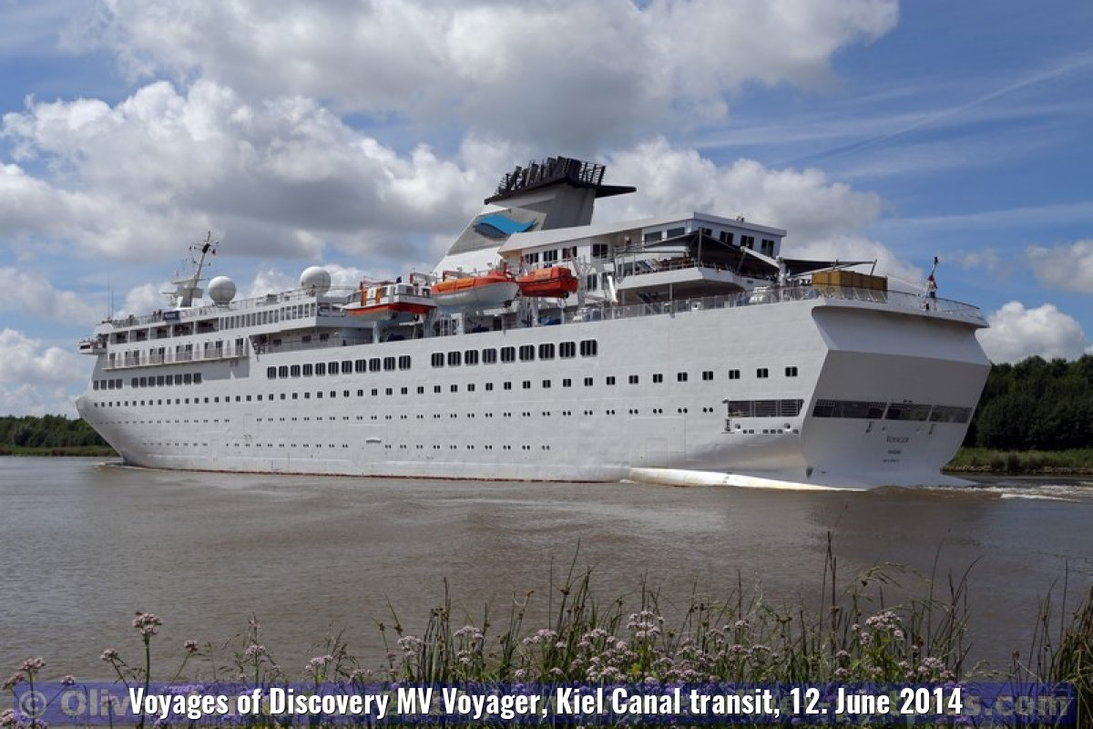 Voyages of Discovery MV Voyager, Kiel Canal transit, 12. June 2014