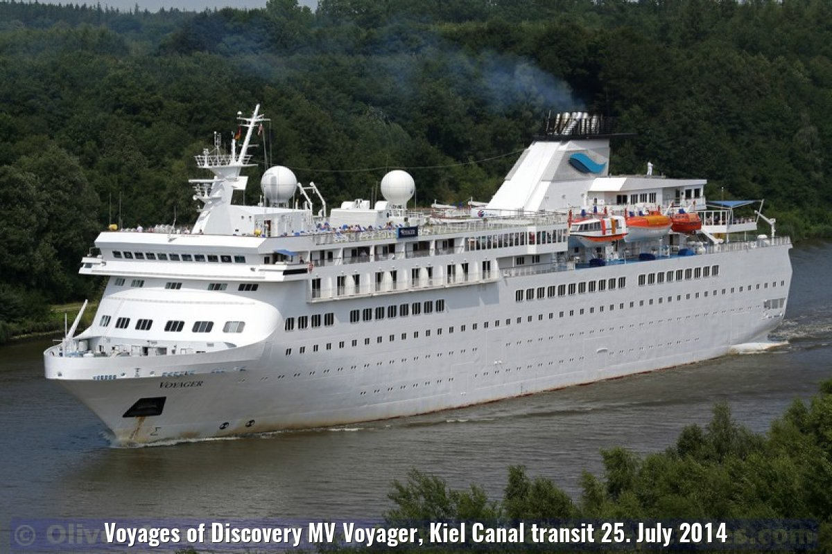 Voyages of Discovery MV Voyager, Kiel Canal transit 25. July 2014