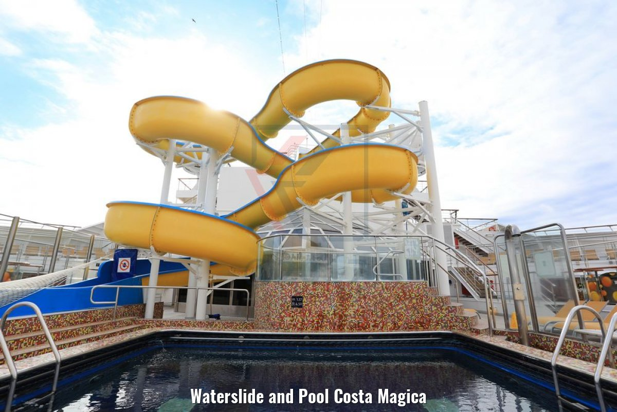 Waterslide and Pool Costa Magica
