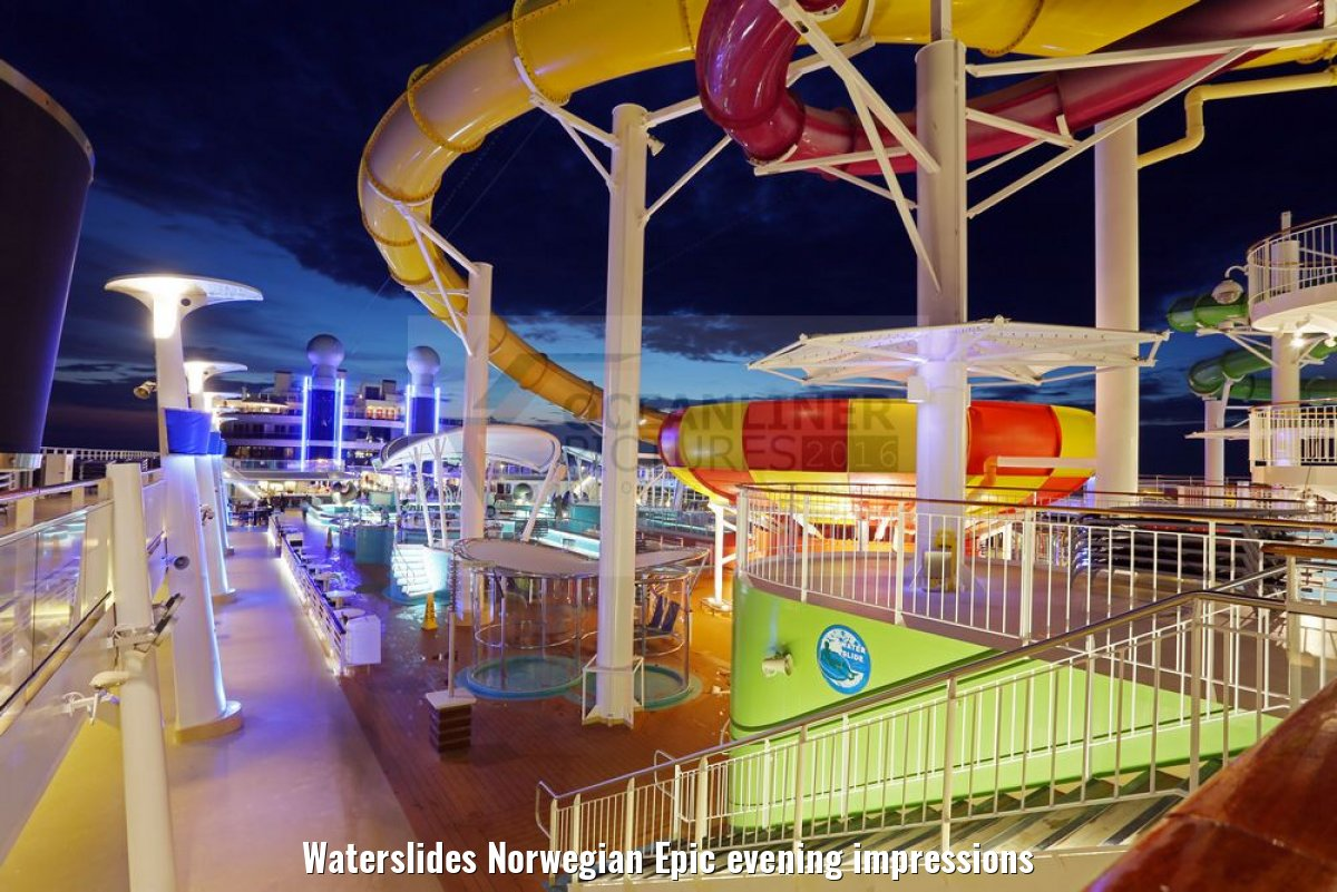 Waterslides Norwegian Epic evening impressions