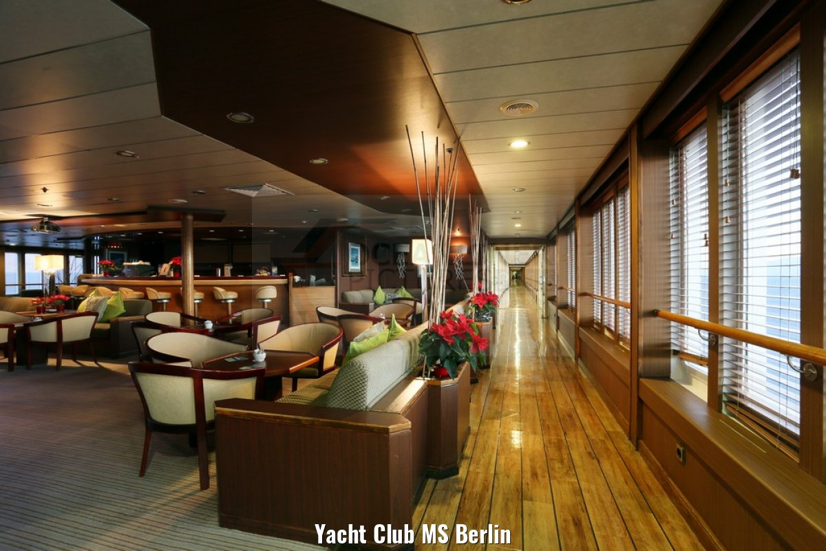 Yacht Club MS Berlin